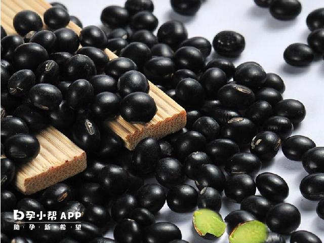 黑豆可以降低卵泡萎缩问题